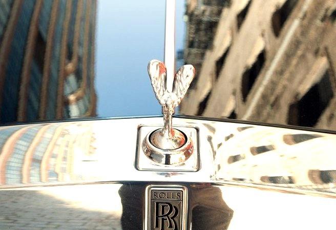 Rolls Royce Hood Ornamentwww.DiscoverLavish.com