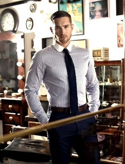 Man In Suit, Mens Fashion, Mens Wear, Mens Clothing, Suit And Tie